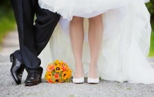 wedding feet